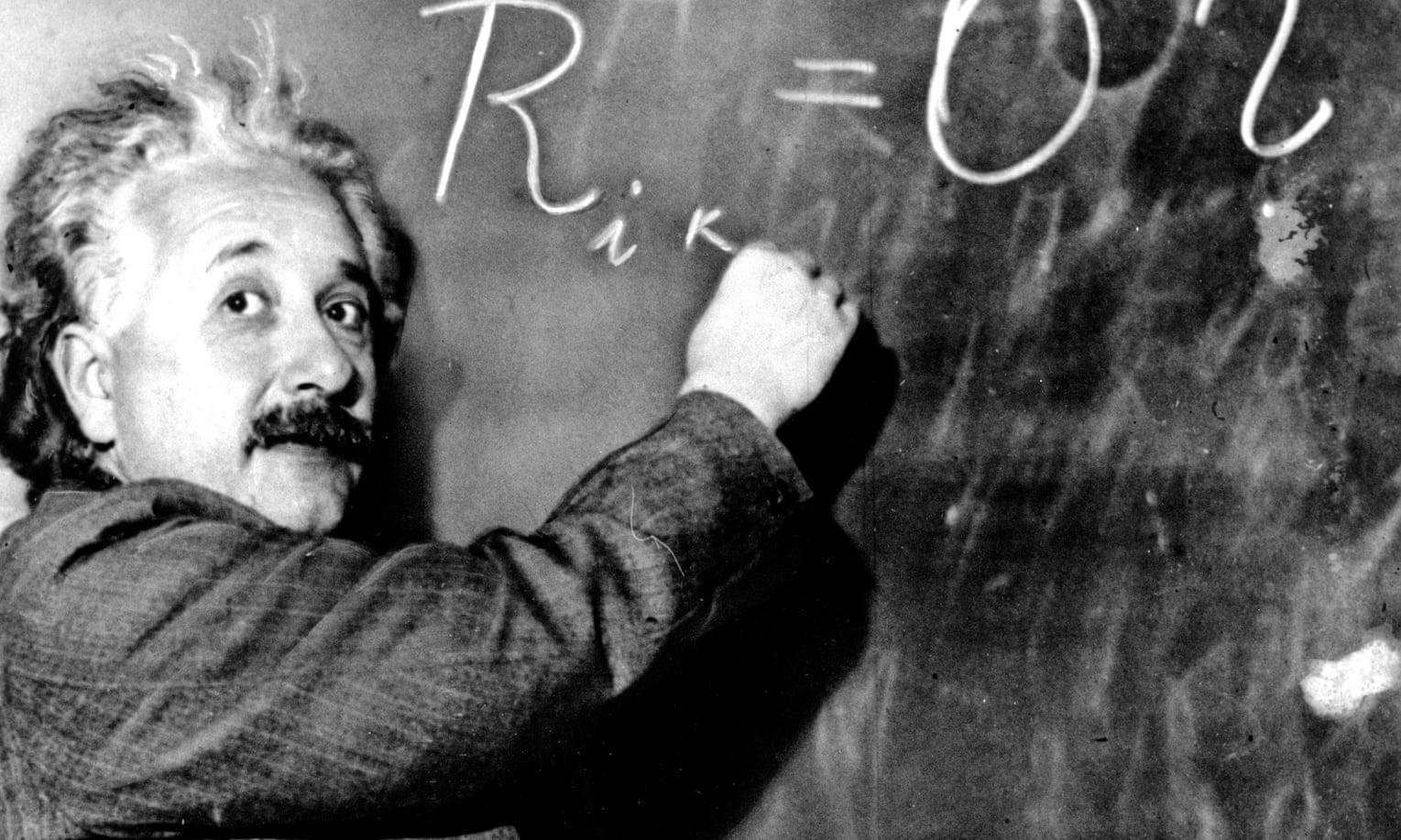 معادلهی انیشتین راهحلهایی ارائه کرد که طبق آنها سفر در زمان به نظر ممکن آمد
